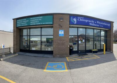Front of Oshawa Chiropractic & Physiotherapy Wellness Centre in Oshawa 549 King St. East